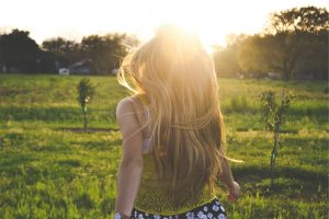 blonde_girl_backlight_happy_summer_sunlight_sun_bright-896860